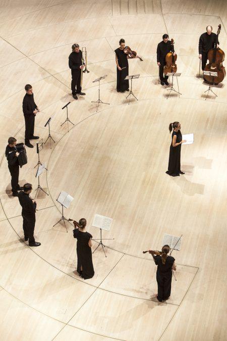 »Figure Humaine« Sasha Waltz Elbphilharmonie Hamburg_Carolin Widman© Bernd Uhlig