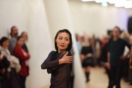 »Figure Humaine« Sasha Waltz Elbphilharmonie Hamburg_Hwanhee Hwang© Michael Zapf