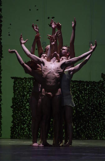 Dido & Aeneas by Sasha Waltz (2005) ©Sebastian Bolesch© Sebastian Bolesch